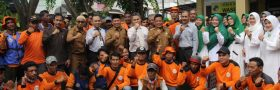 650 Pekerja Dinas kebersihan Mendapat Paket Sembako Ramadhan