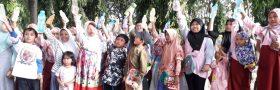 Rekreasi dan Edukasi : Libur Sekolah, Ritz Konsultan ajak anak-anak Cahaya Aceh Belajar Memilah Sampah Sejak Dini